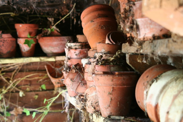 Oude bloemenpotten  huis frankrijk