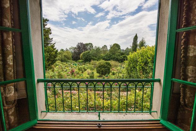 Huis met uitzicht op tuin in Frankrijk