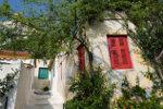 Het dorp Anafiotika in Griekenland