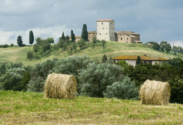 Landschap met borgo in Toscane