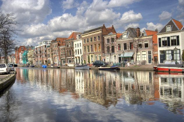 Huizen in het oude centrum van Leiden