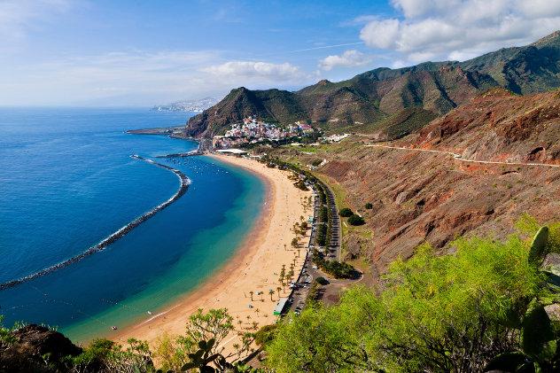 Tenerife Las Teresitas Beach