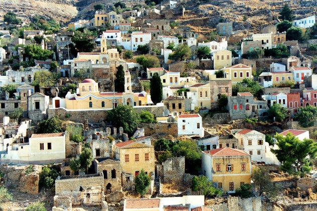 Turkse huizen in stadje op  het platteland
